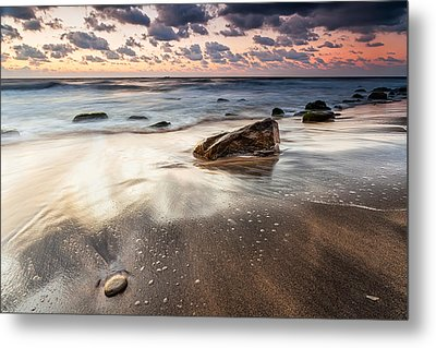 Sky In The Sands Metal Print by Evgeni Dinev