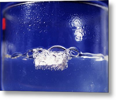 Sodium Reacting With Water Metal Print by Andrew Lambert Photography