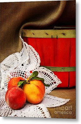 Southern Peaches Metal Print by Cheryl Davis