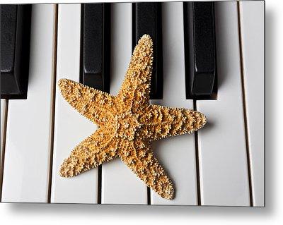 Starfish Piano Metal Print by Garry Gay