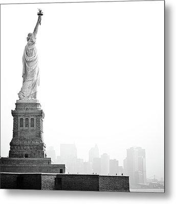 Statue Of Liberty Metal Print by Image - Natasha Maiolo