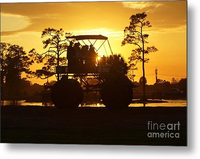 Sunset Buggy Metal Print by Lynda Dawson-Youngclaus