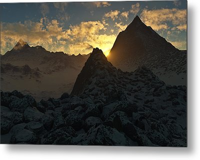 Sunset In The Stony Mountains Metal Print by Hakon Soreide