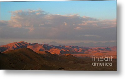 Sunset In The Syrian Desert Metal Print by Issam Hajjar