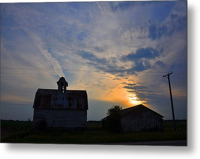 Sunset On The Farm Metal Print by Daniel Ness