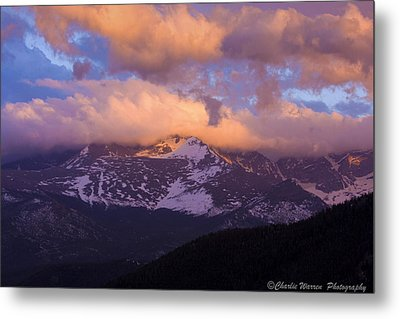 Sunset Over The Rockies Metal Print by Charles Warren