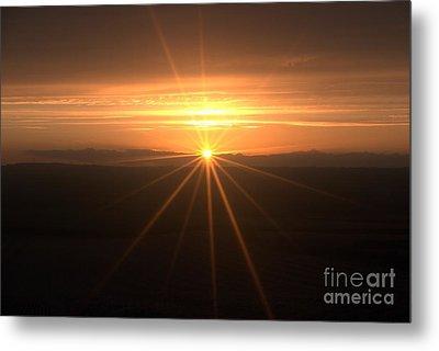 Sunset Star Metal Print by Stephen Clarridge