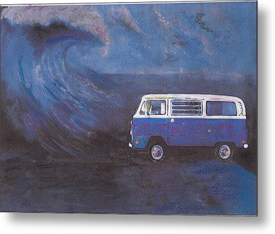 surf Bus Metal Print by Sharon Poulton