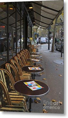 Tables Outside A Paris Bistro On An Autumn Day Metal Print by Louise Heusinkveld