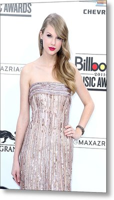 Taylor Swift Wearing An Elie Saab Gown Metal Print by Everett