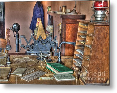 Telegraph Office At Kelso Metal Print by Bob Christopher