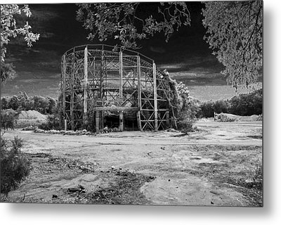 The Comet Metal Print by Mark Wiley