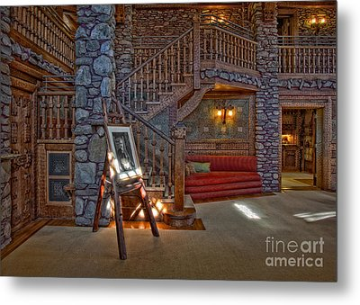 The King's Living Room Metal Print by Susan Candelario