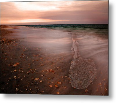 The Last Time I Saw Her Metal Print by Betsy Knapp