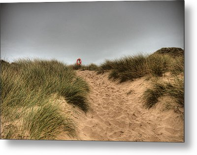 The Lifebelt 2 Metal Print by Steve Purnell