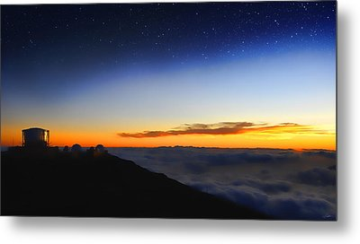 Top Of The World Metal Print by Peter Chilelli