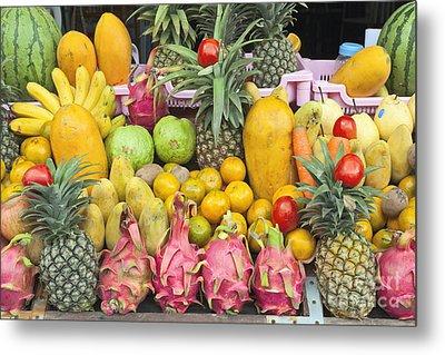 Tropical Fruit Display  Metal Print by Roberto Morgenthaler