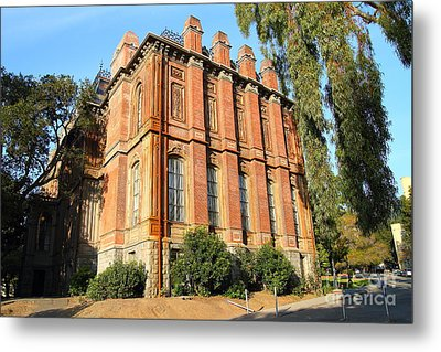 Uc Berkeley . South Hall . Oldest Building At Uc Berkeley . Built 1873 . 7d10113 Metal Print by Wingsdomain Art and Photography