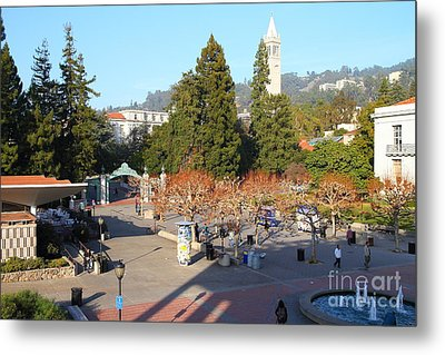 Uc Berkeley . Sproul Hall . Sproul Plaza . Sather Gate And Sather Tower Campanile . 7d10016 Metal Print by Wingsdomain Art and Photography