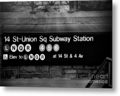 Union Square Subway Station Bw Metal Print by Susan Candelario