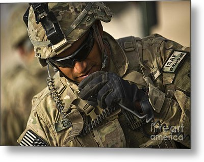 U.s. Army Soldier Communicates Metal Print by Stocktrek Images