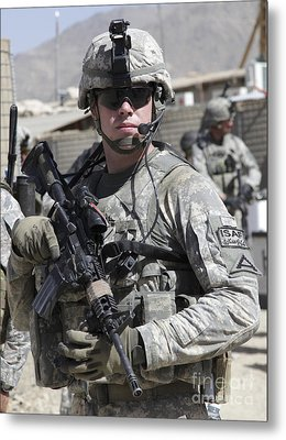 U.s. Army Soldier Conducts A Combat Metal Print by Stocktrek Images