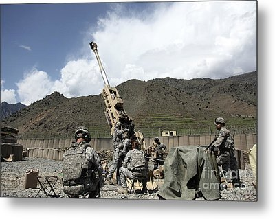U.s. Soldiers Prepare For Their Next Metal Print by Stocktrek Images