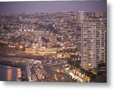 Views From Paseo Atkinson, On Cerro Metal Print by Richard Nowitz
