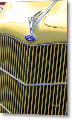 Vintage Ford V8 Grill Metal Print by Suzanne Gaff
