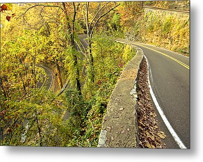 W Road In Autumn Metal Print by Tom and Pat Cory