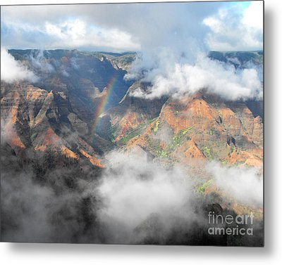 Waimea Canyon Rainbow Metal Print by Rebecca Margraf