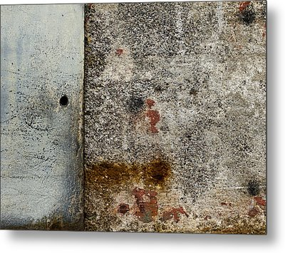 Wall Texture Number 10 Metal Print by Carol Leigh