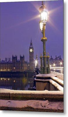 Westminster Snowfall Metal Print by Andrew Thomas