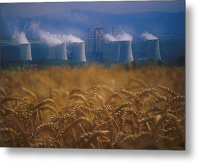 Wheat Fields And Coal Burning Power Metal Print by David Nunuk