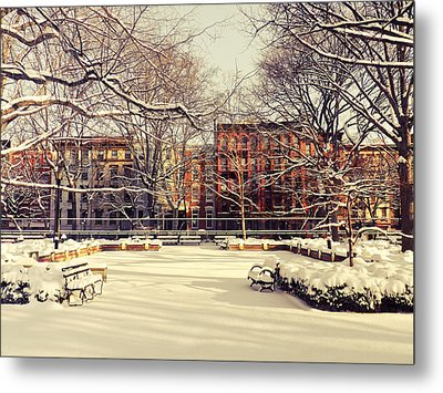 Winter - New York City Metal Print by Vivienne Gucwa