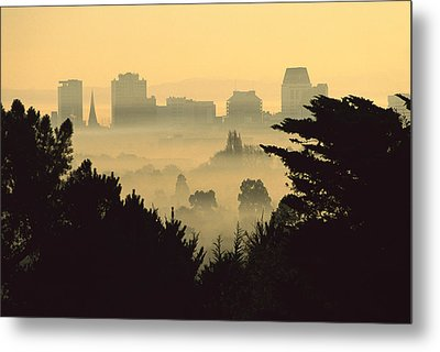 Winter Smog Over The City Metal Print by Colin Monteath
