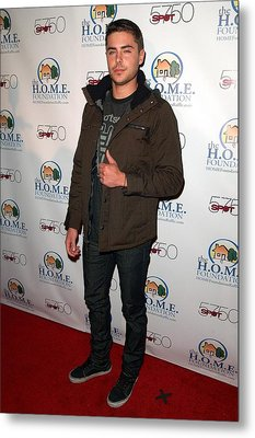 Zac Efron In Attendance For Stiks Metal Print by Everett