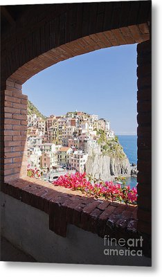 Cinque Terre Town Of Manarola Metal Print by Jeremy Woodhouse