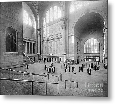 Concourse Pennsylvania Station New York Metal Print by Russ Brown