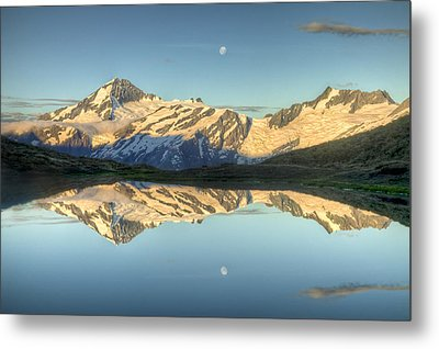 Mount Aspiring Moonrise Over Cascade Metal Print by Colin Monteath