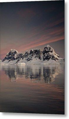 Peaks At Sunset Wiencke Island Metal Print by Colin Monteath