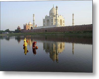 Timeless Taj Mahal Metal Print by Michele Burgess