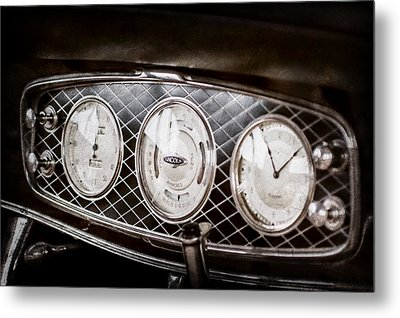1933 Lincoln Kb Judkins Coupe Dashboard Instrument Panel -0159ac Metal Print by Jill Reger