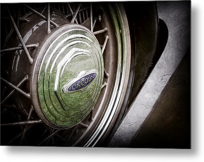 1933 Lincoln Kb Judkins Coupe Emblem - Spare Tire -0167ac Metal Print by Jill Reger