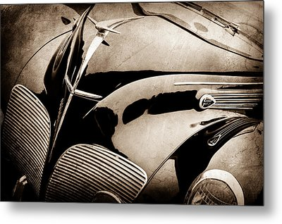 1938 Lincoln-zephyr Convertible Coupe Grille - Hood Ornament - Emblem -0108s Metal Print by Jill Reger