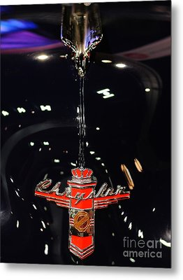 1946 Chrysler Town And Country Convertible . Hood Ornament And Badge Metal Print by Wingsdomain Art and Photography