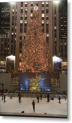 Rockefeller Center And The Famous Metal Print by Taylor S. Kennedy