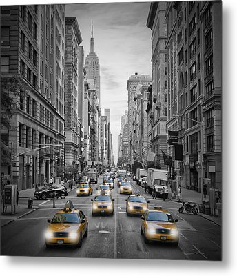 5th Nyc Avenue Yellow Cabs Metal Print by Melanie Viola