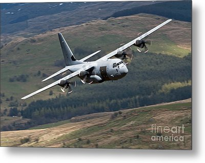 A C-130 Hercules Of The Royal Air Force Metal Print by Andrew Chittock