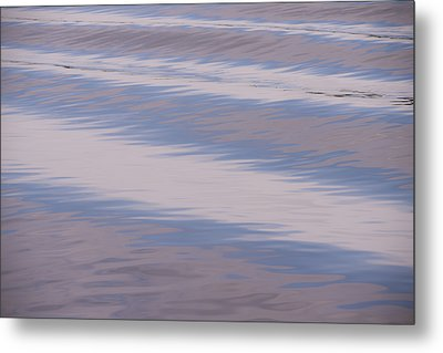 A Wake In The Morning Metal Print by Loree Johnson